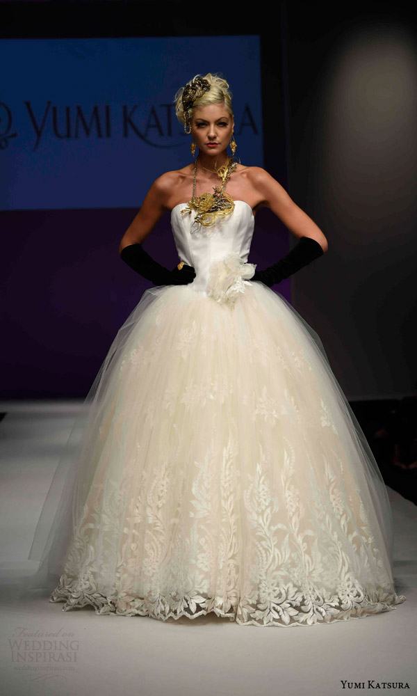 The Hot Collection Wedding Dresses Named Yumi Katsura Fall In 2016