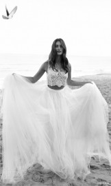 lihi-hod-bridal-2016-venus-beach-wedding-dress-romantic-two-piece-embellished-sleeveless-crop-top-full-tulle-skirt